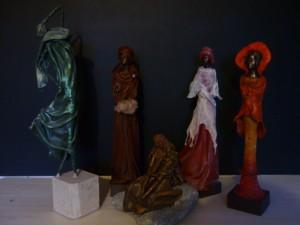 Statuette (basique) 55€,avec membres 60€
